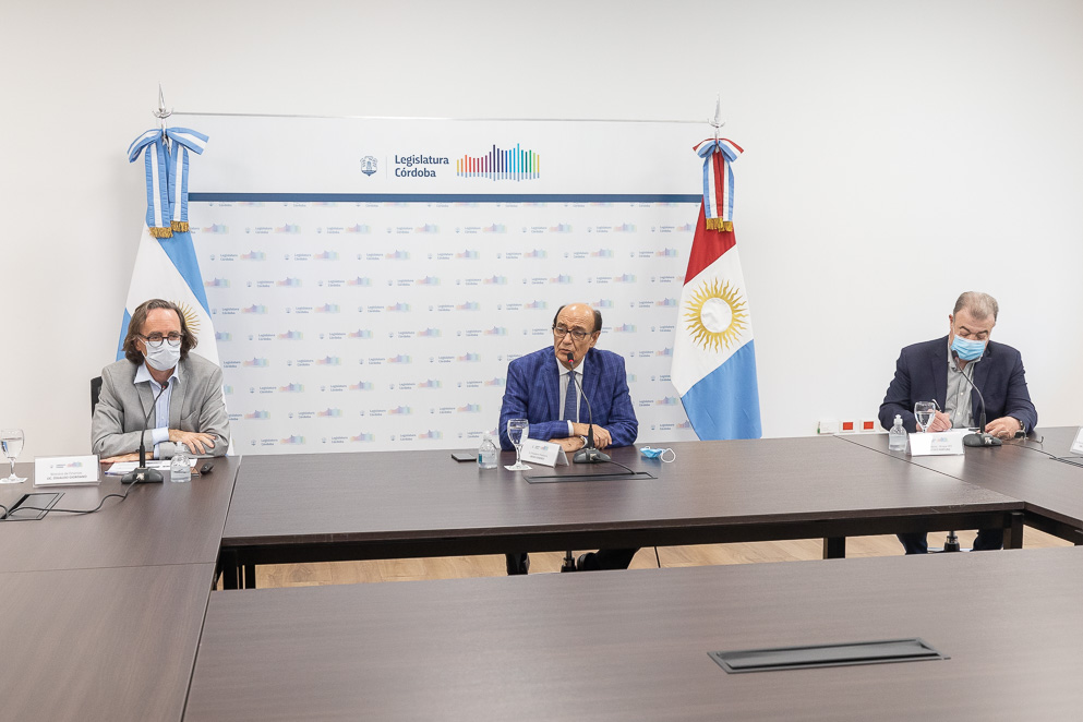 El ministro Osvaldo Giordano presentó el Presupuesto 2021