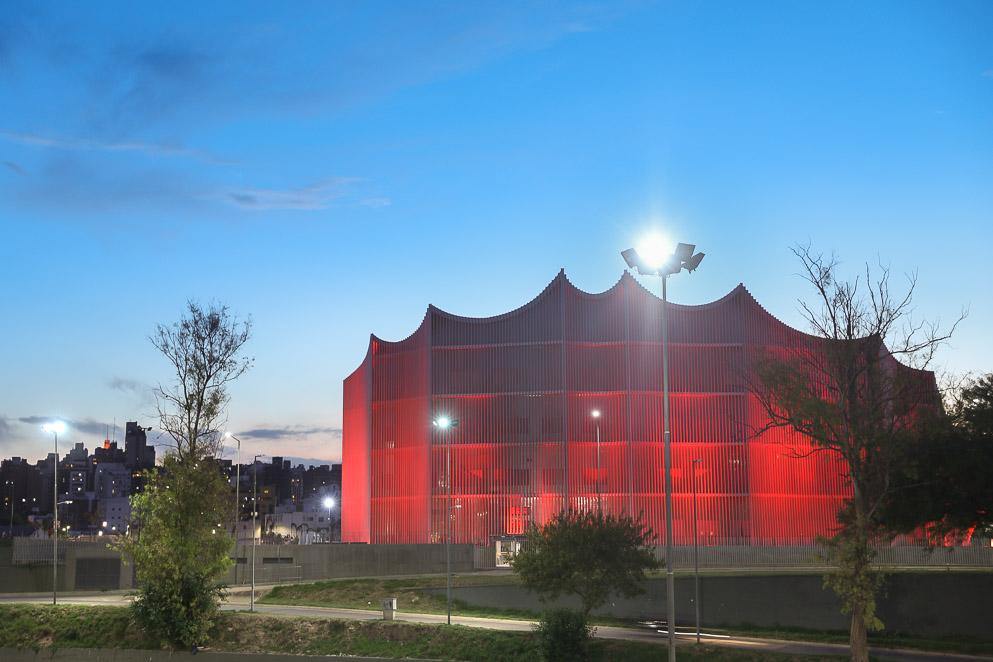La Legislatura se ilumina de rojo en el Día Mundial del Sida