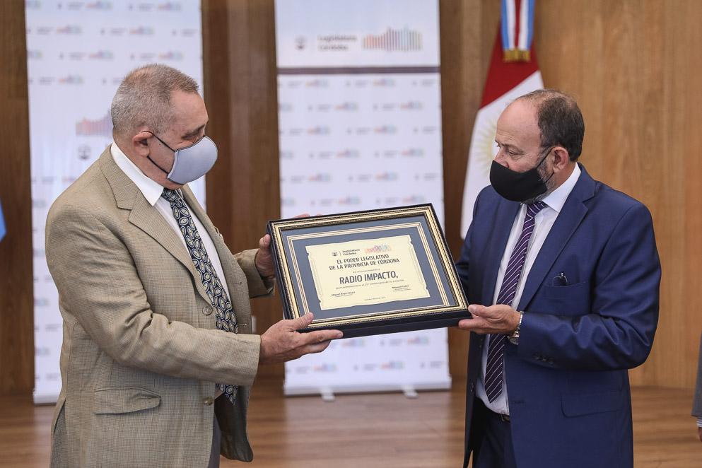 Reconocimiento de la Legislatura a Radio Impacto por su 25° aniversario