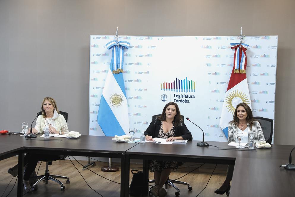 Defensora Amelia López,, Legisladora María Emilia Eslava y Defensora Marisa Graham
