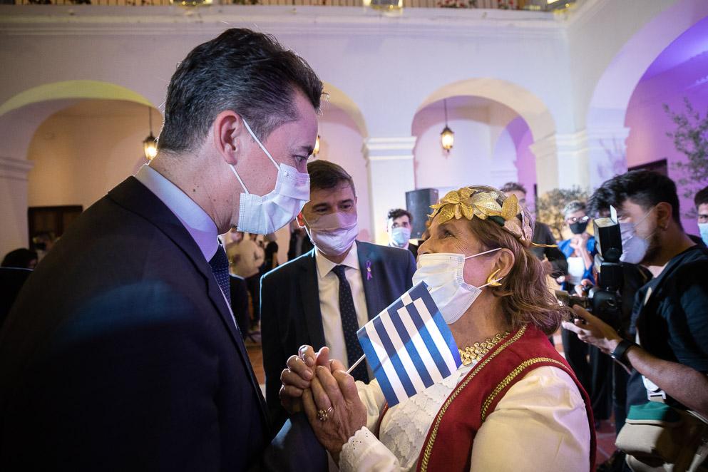 Manuel Calvo participó del acto por el Bicentenario de la Independencia de Grecia