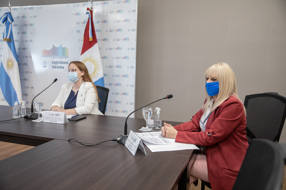 Legisladoras Silvia Paleo y Liliana Abraham