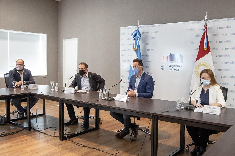 Manuel Calvo participó de conversatorio en la Semana Provincial de la Prevención del Consumo de Drogas
