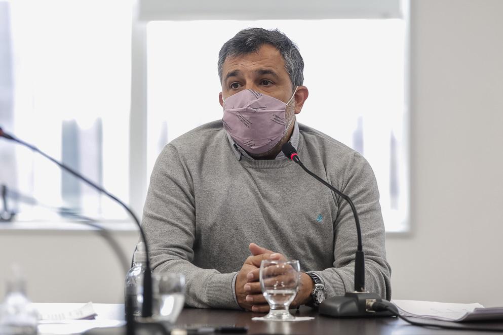 Tratan proyecto que regula el ejercicio profesional de la enfermería