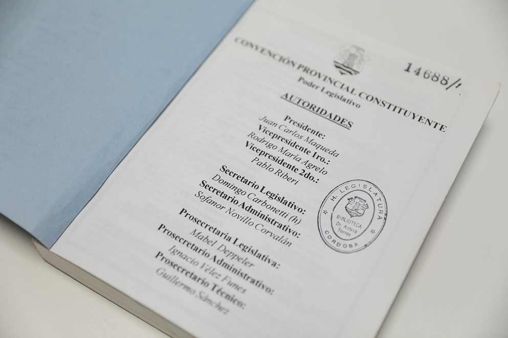 Autoridades de la Convención Constituyente del 2001