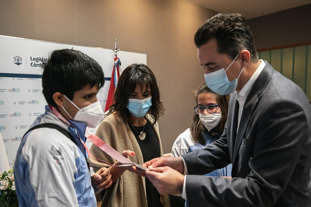 Reconocimiento de la Legislatura a los cordobeses paralímpicos de Tokio