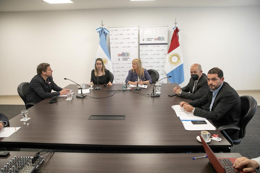 Comisión conjunta de Industria, Pymes y Desarrollo Regional