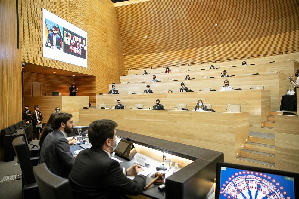 Simulación parlamentaria MUNASUR